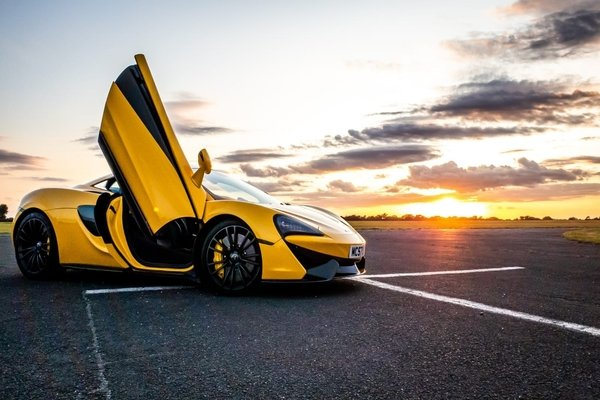 McLaren: the best driving experience supercar there is