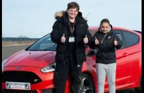30 Minute Under 17's Junior Driving Experience – Anytime Experience from drivingexperience.com