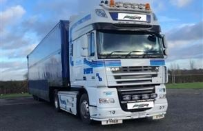 Articulated Lorry Driving Thrill Experience from drivingexperience.com