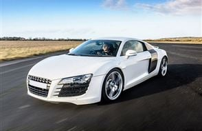 Audi R8 Blast Experience from drivingexperience.com