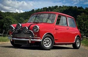 Five British Classic Blast with High Speed Passenger Ride Experience from drivingexperience.com