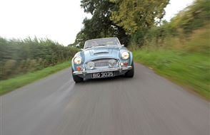 Full Day Classic Car Cotswolds Road Trip Experience from drivingexperience.com