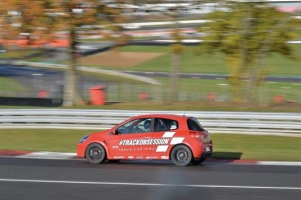 Clio 197 Track Day Car Hire Driving Experience 1