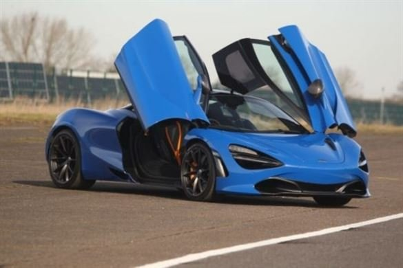 Diamond Supercar Thrill Driving Experience 1