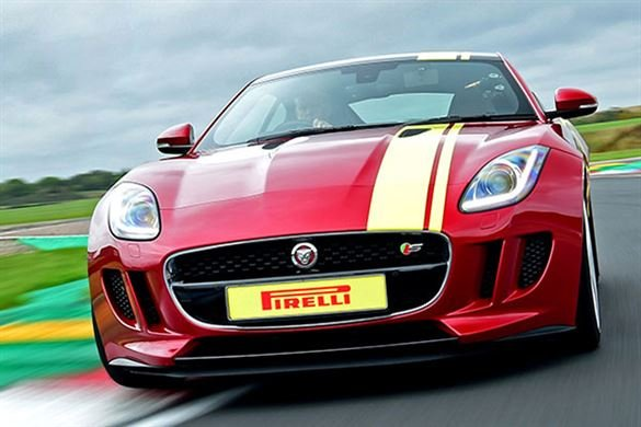 Jaguar F-TYPE Thrill Driving Experience 1